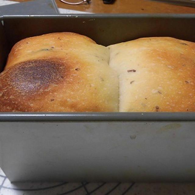 角食? 山食?・・・ホシノ酵母でレーズン食パン~