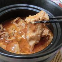 創味シャンタンでイタリアン♪ トマトジュースで豚バラチーズキャベツ鍋
