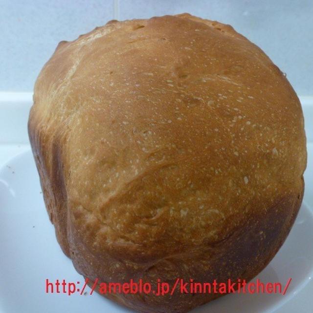 久しぶりにホームベーカリーでパンを焼きました(*^_^*)