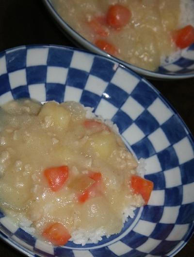 11月9日  鶏ムネひき肉の ホワイトシチュー