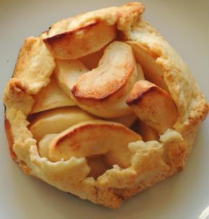 Apple galette?Apple crostata?リンゴのお菓子