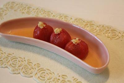 ひんやりトマト和風出汁生姜味~ミッキーのパン