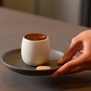いま注目のBean to Barも楽しめる「ダンデライオン・チョコレート」が大人気!