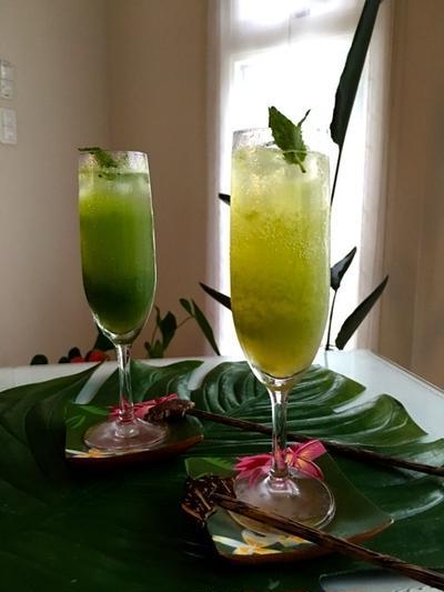 ガラナ・アンタルチカで♪『ガラナ・キューカンバー』♥ 美しいグリーン色のノンアルコールカクテル♪