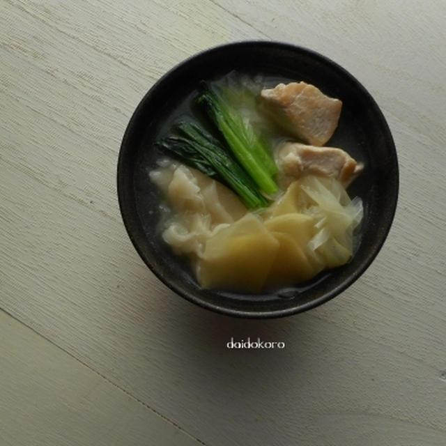 自家製餃子の皮スープ