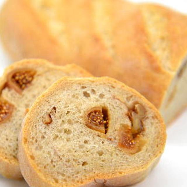 いちじくと胡桃のライ麦パン