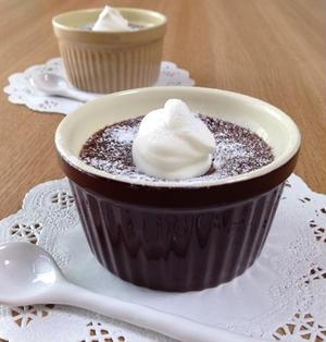 スプーンで食べるチョコケーキ(ココット型2個分)