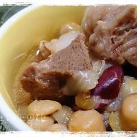 BRITAの水で作るフェジョアーダ(豚肉と豆の煮込み)