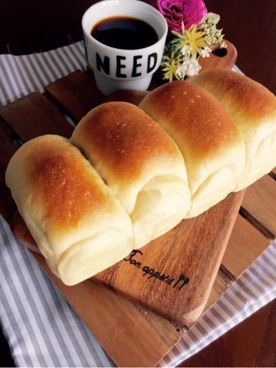 ミルクとメープルのミニ食パン。と幼稚園児のお弁当。
