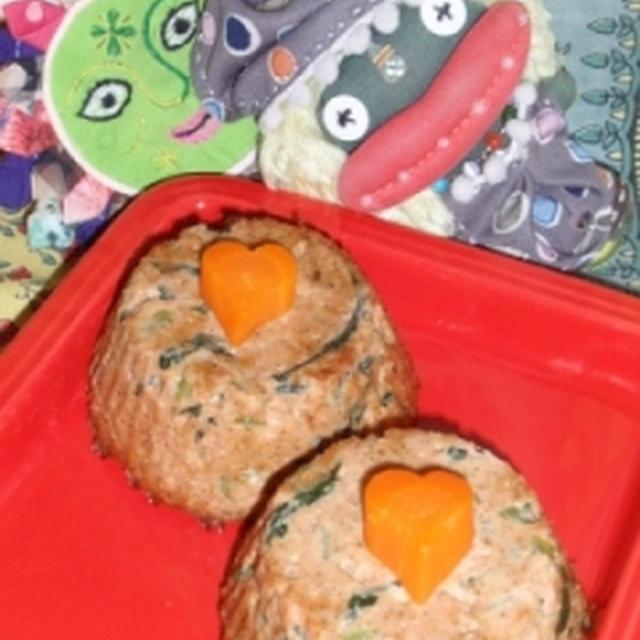 鮭と小松菜のごま味噌豆腐&ほうれん草と鮭のヴィネガーサラダ(お家カフェ)