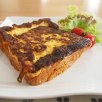 とろけるチーズが嬉しい お食事フレンチトースト
