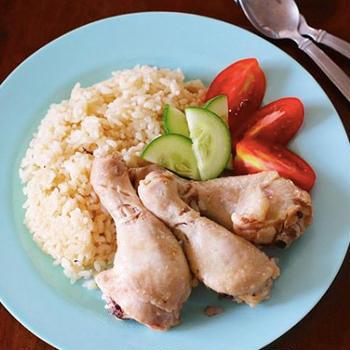 【海外おうちごはん】炊飯器でシンガポール風チキンライス