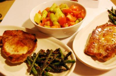 豚肉のソテー+いんげん炒め+トマトとナスのサラダ
