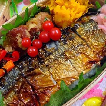 焼き鯖の押し寿司弁当