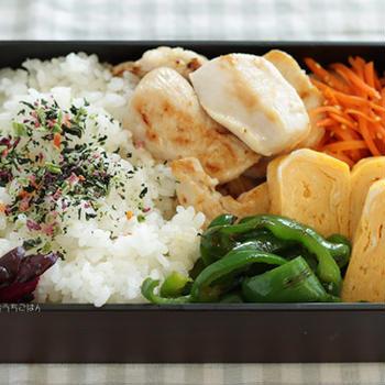 焼き鶏ハムと人参の塩きんぴら~食べざかり中学生のお弁当☆さんそうかいって知ってる?