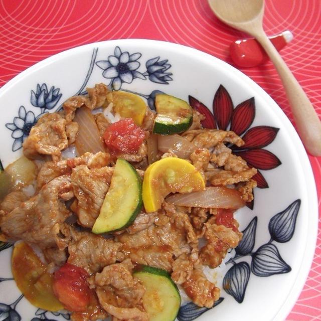 調味料2つ★ノンオイル★うまトマカレー豚丼