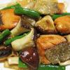 秋鮭と茸のガーリック照り焼き