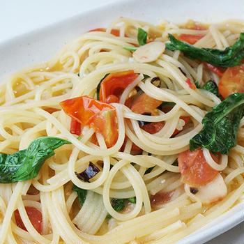 『ミニトマトとバジルのペペロンチーノ』 簡単!美味しく彩りよし!