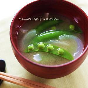 今だけの甘みがたまらない!「新玉ねぎ」で作る味噌汁レシピ