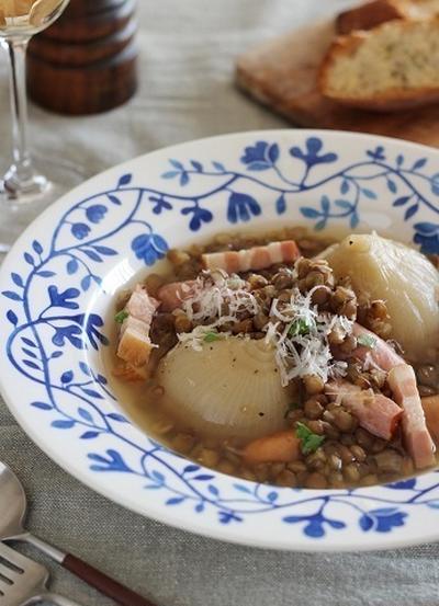 まるごと新たまねぎとレンズ豆のスープ煮
