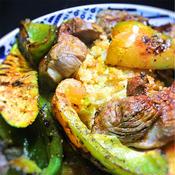 ラムと野菜のグリル、オレガノ風味、クスクス添え