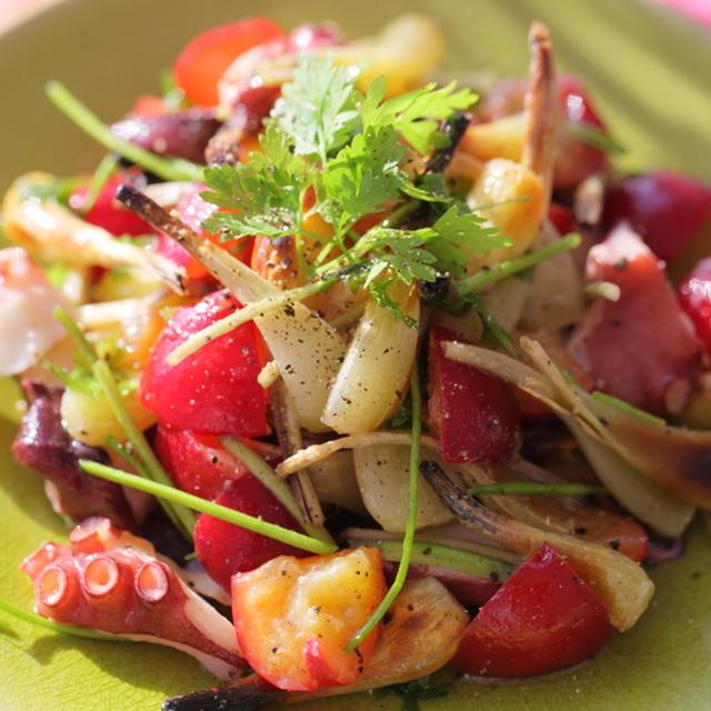 島らっきょうと蛸とプラムのサラダ☆