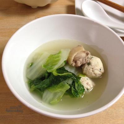 ダブルだしで濃厚*白菜と鶏のスープ煮