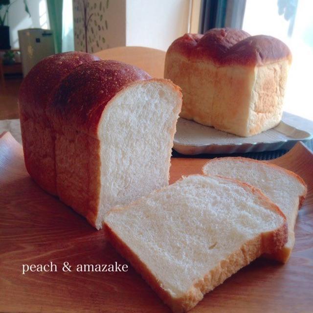 桃と甘酒・ヨーグルト酵母の食パン