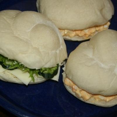 6月4日  白パンの マヨ玉&野菜チーズサンド
