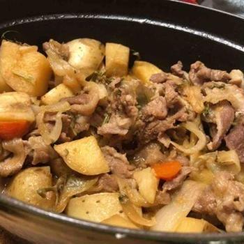 #トモショクチャレンジ 「いただいた野菜で一品」。島野菜で、絶品肉じゃが完成。まだ作ってたことがないパパは、次チャレンジを