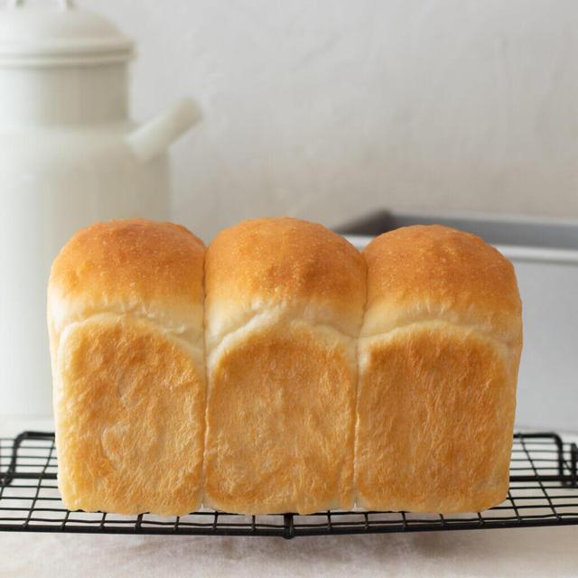 しっとりもちもち♡基本の山型食パン【動画あり】