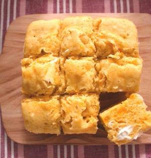 人気のレンジでかぼちゃチーズ蒸しパンの作り方。卵なしでしっとりホットケーキミックスで簡単レシピ。