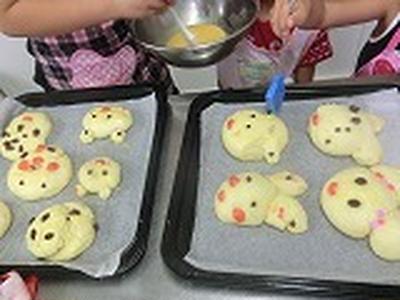 子供たちのパン作り(夏休みパン作り)