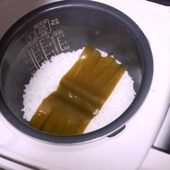 すし飯の水加減を簡単にするもの