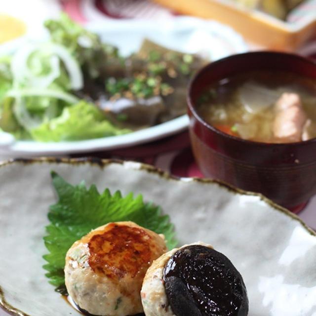 椎茸つくね、鮭の塩麹漬け味噌汁