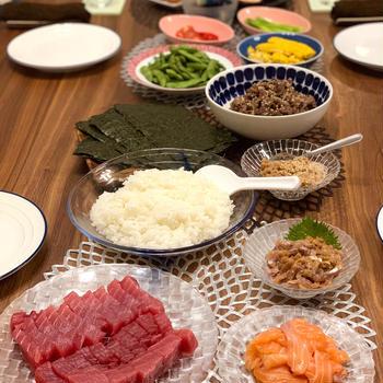 おうちごはん 手巻き寿司 ニトリのグラスで日本酒堪能