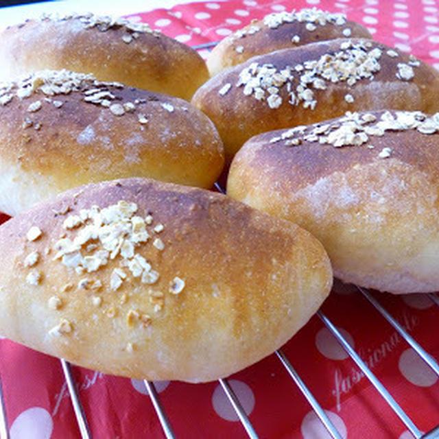 【塩1gのパン】ハニーオーツっぽいの&フォカッチャっぽいの 朝ごはんも。