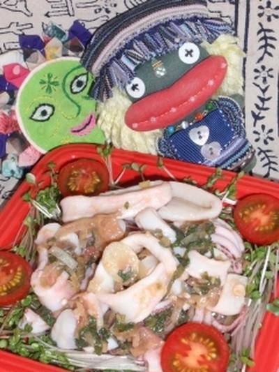 いかの梅しそ茗荷マリネ&蒸し焼きジャガ芋の刻み昆布煮(お家カフェ)