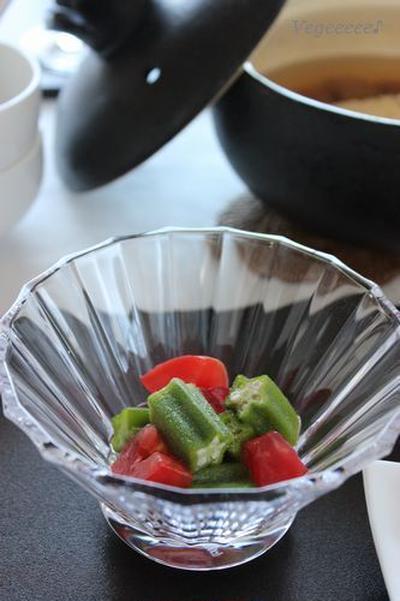 トマトとオクラの梅酢和え