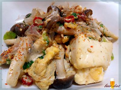 しめじとお豆腐のピリ辛チャンプルー