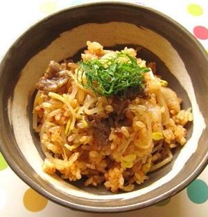 キムチと豆もやしの炊き込みご飯