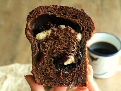 >ベリーとチーズのチョコレート食パン by ほずみさん