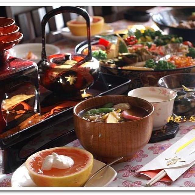 1月2日《お屠蘇/お雑煮/甘酒/フレッシュゼリー》お節は盛り付けを変えて。。。^^!