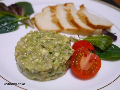 バケットやサラダと一緒に。牡蠣のタルタルの作り方、レシピ。