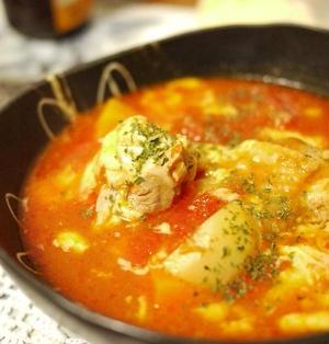 「鶏のトマトチーズ鍋」とか