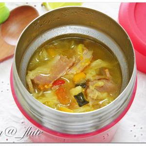 スープジャーを大活用!あったか★お弁当レシピ5選