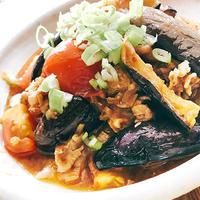 麻婆茄子(トマト入り)、きゅうりと海苔の韓国風和え物