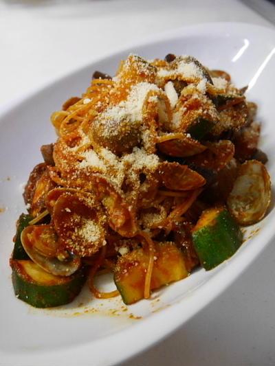話題の、リコピンリッチトマトソースで作るボンゴレロッソスパゲティ