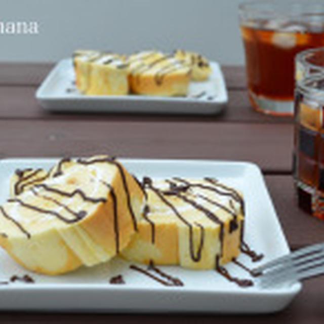 メイプルシロップを生地に使った、バナナロールケーキ☆