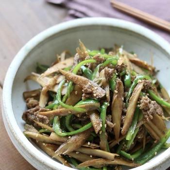今日のレシピ*副菜『牛肉とごぼうとピーマンのきんぴら』